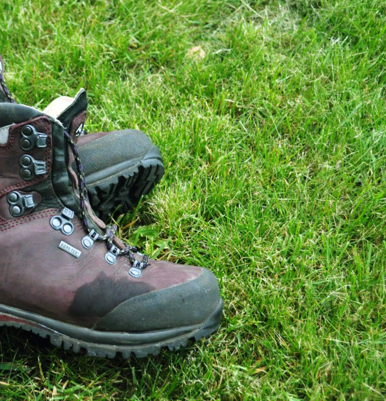 best full grain leather hiking boots